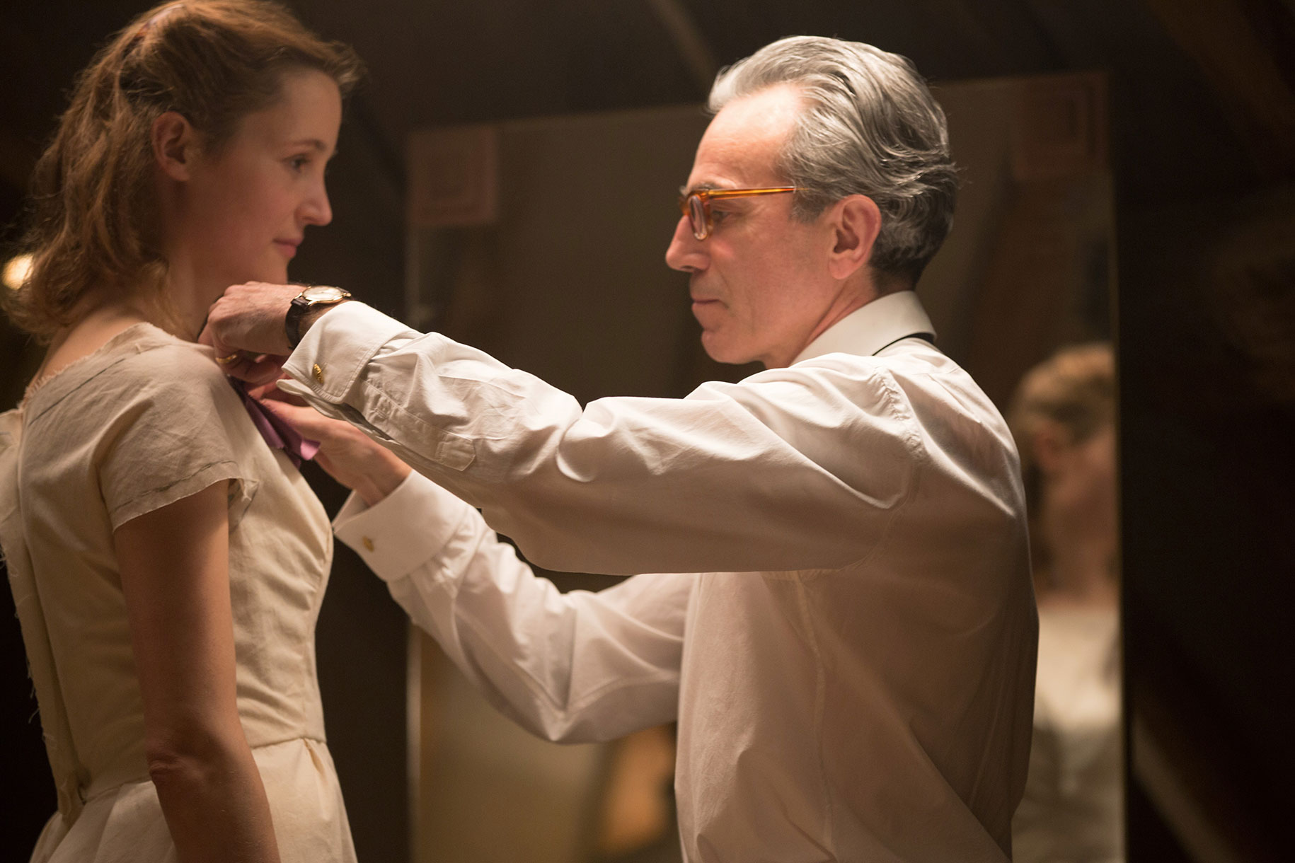 1515544263_phantom_thread_unit_daniel_da